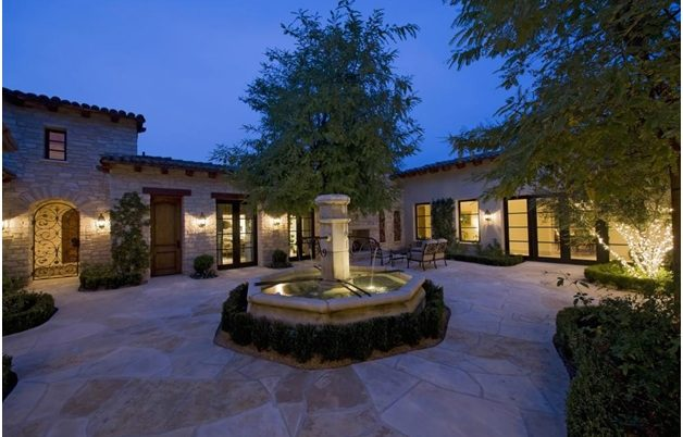 Key Benefits of Functional Outdoor Lighting