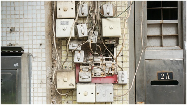 Electrical Issues In Your House You Should Never Ignore