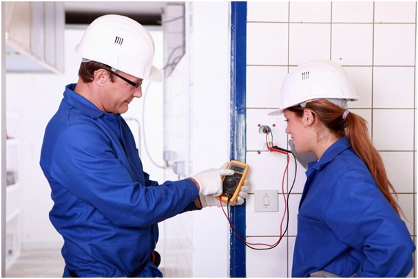 3 Benefits of Hiring an Emergency Electrician