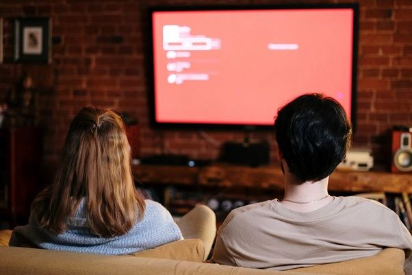 Home Entertainment Wiring: How Electrical Contractors Can Help You Get Rid of the Tangled Mess